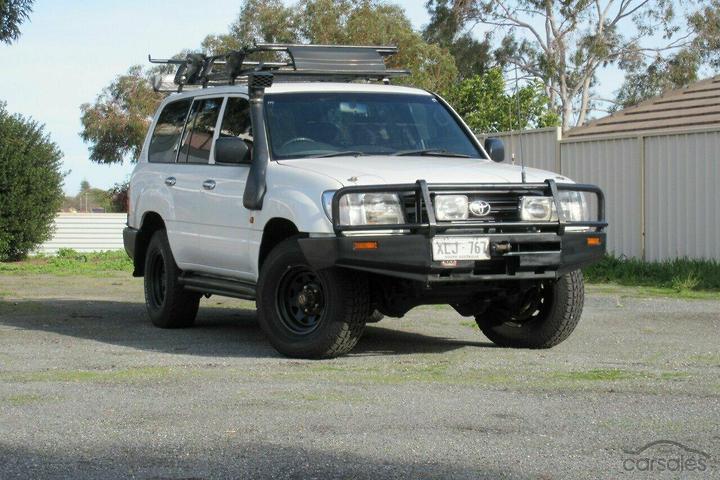 Toyota Landcruiser Standard HZJ105R cars for sale in Australia