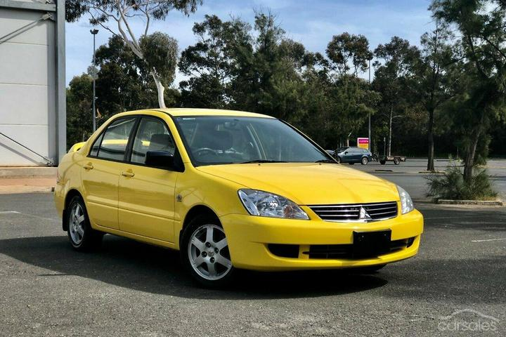 best website ef56d 3490e Mitsubishi Lancer Automatic Yellow cars for sale in ...