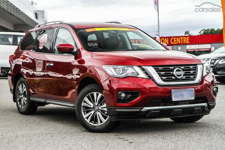 Nissan SUV Aspirated Red 5 Door 6 Cylinder cars for sale in