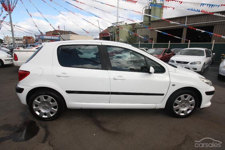 Peugeot 307 White 5 Door 4 Cylinder cars for sale in Australia