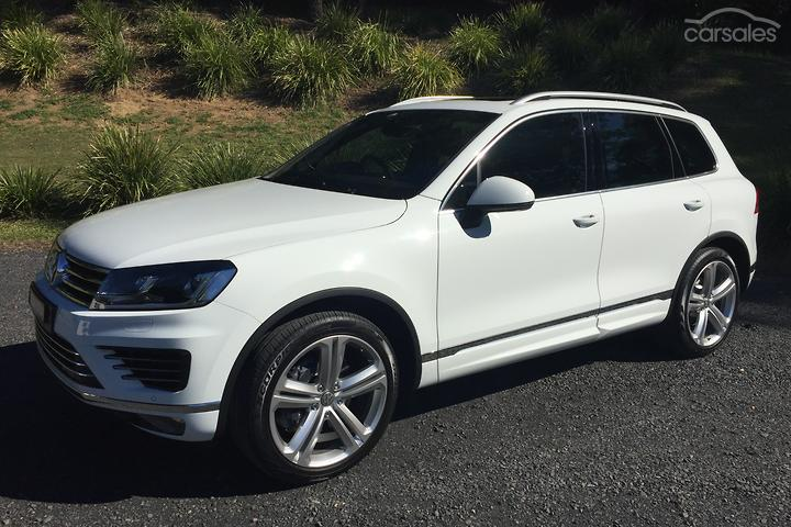 Volkswagen Touareg V8 TDI R-Line White cars for sale in