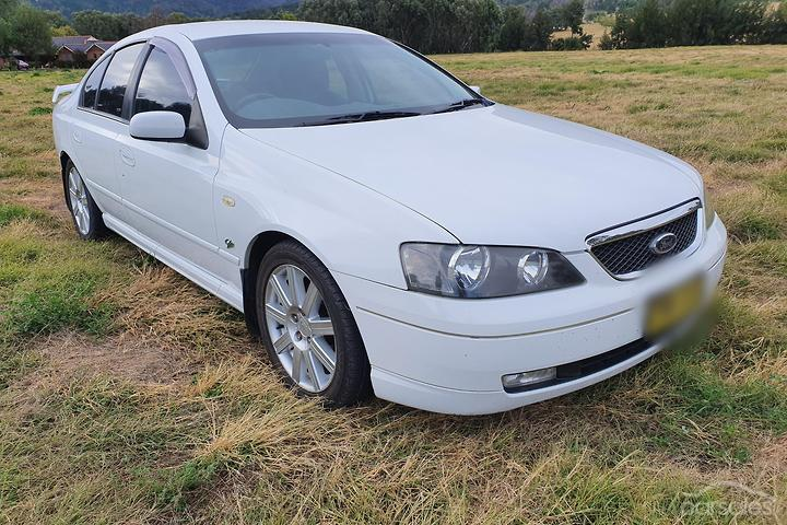 Ford Fairmont Ghia 8 Cylinder cars for sale in Australia ...