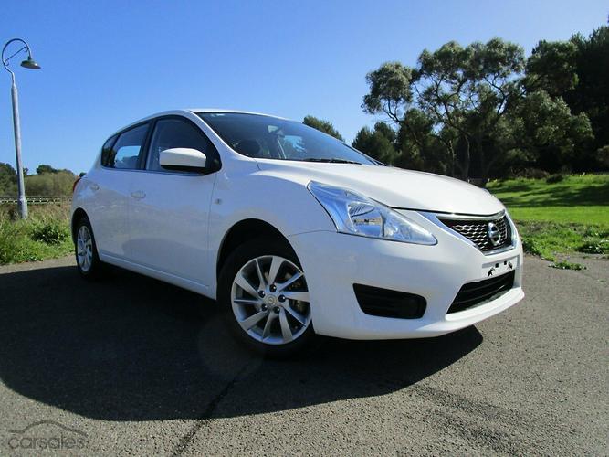 Nissan pulsar car sales