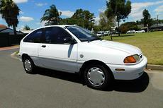 1995 Ford Festiva Trio WB Auto