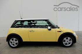 2004 Mini Hatch Cooper Auto My05