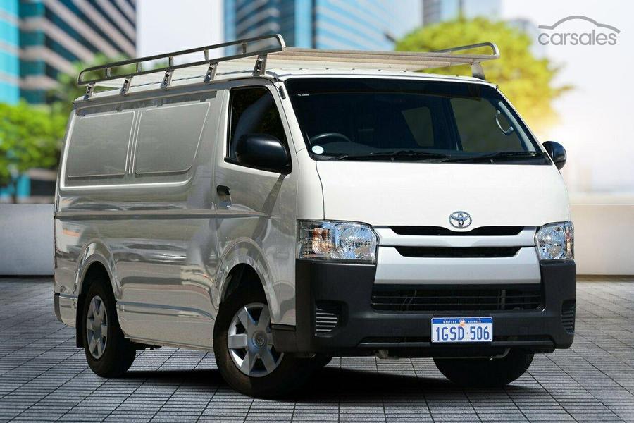 b037e240ce788a 2016 Toyota Hiace LWB Manual-OAG-AD-17015909