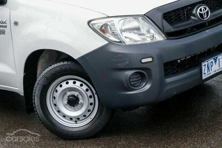 2009 toyota hilux workmate manual my09