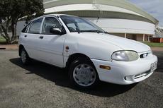 2000 Ford Festiva GLXi WF Auto