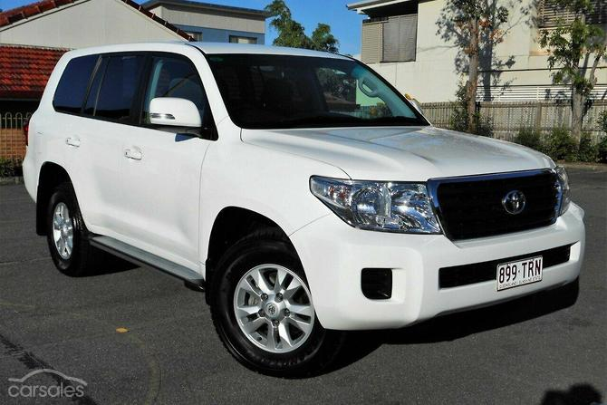 New & Used Toyota Landcruiser Family 8 cylinders cars for