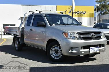 2006 toyota hilux review