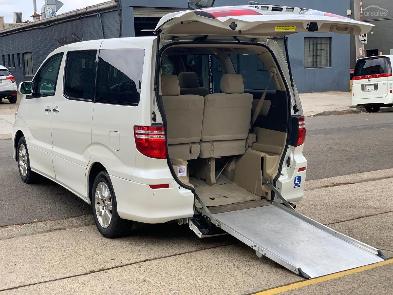 Kelebihan Kekurangan Toyota Alphard G Harga