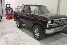 1982 Ford Bronco Auto 4x4