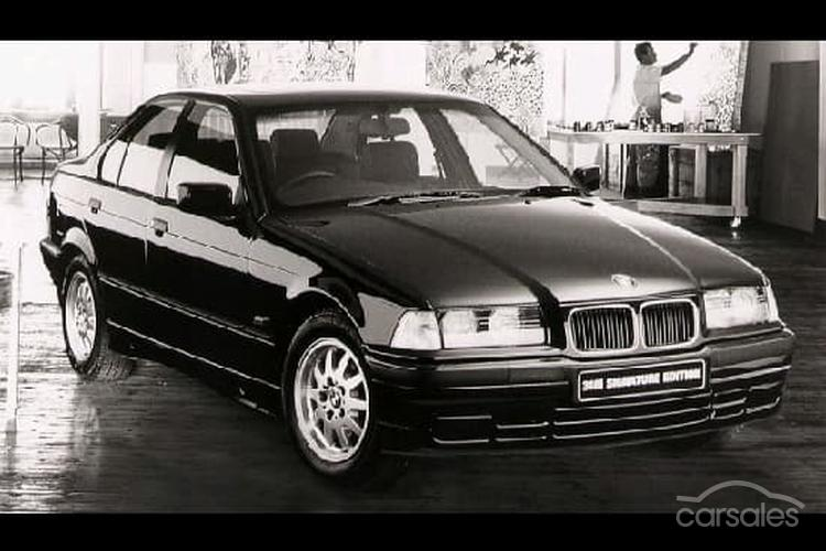 1995 BMW 318i Signature Edition E36 Owner Review by Jemma - carsales