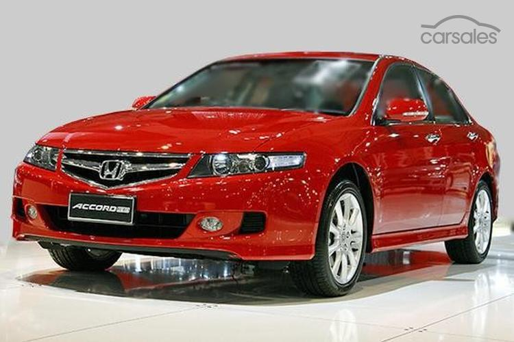 2006 Honda Accord Euro Luxury 7th Gen Owner Review By   Carsales.com.au    OWNR ITM 9209