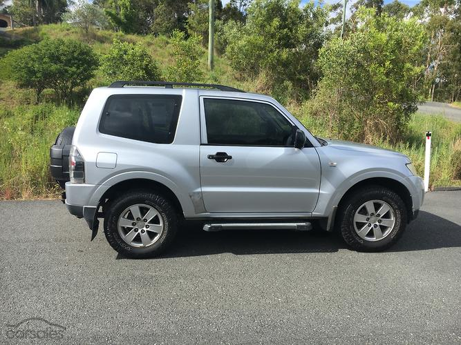 new used mitsubishi pajero 3 doors cars for sale in australia rh carsales com au