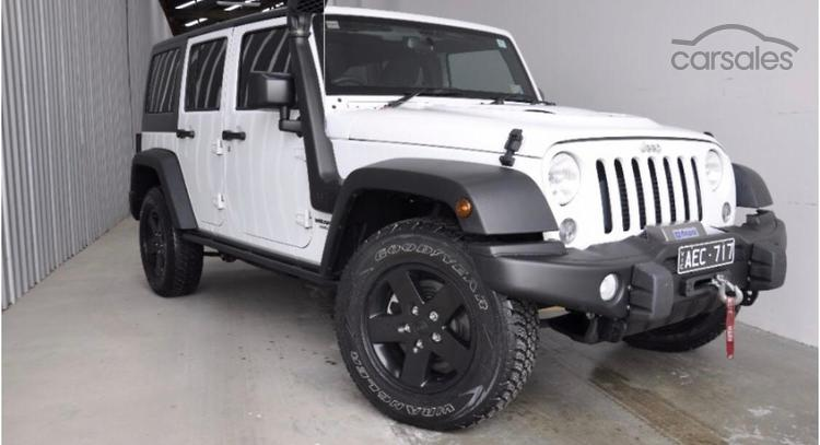Superior 2015 Jeep Wrangler Unlimited Sport Auto 4x4 MY16