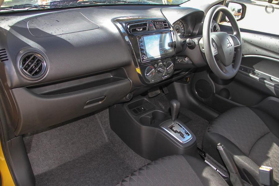 2020 Mitsubishi Mirage ES LB