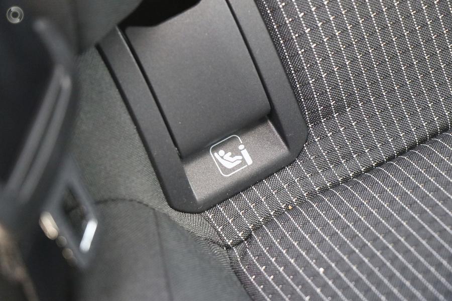 2021 Volkswagen Golf 110TSI 8