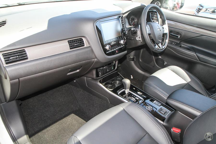 2020 Mitsubishi Outlander Exceed ZL