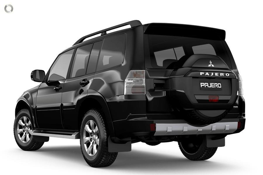 2021 Mitsubishi Pajero GLX NX