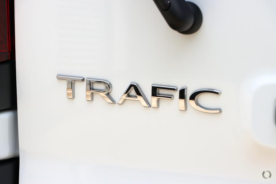 2020 Renault Trafic Premium 125kW X82