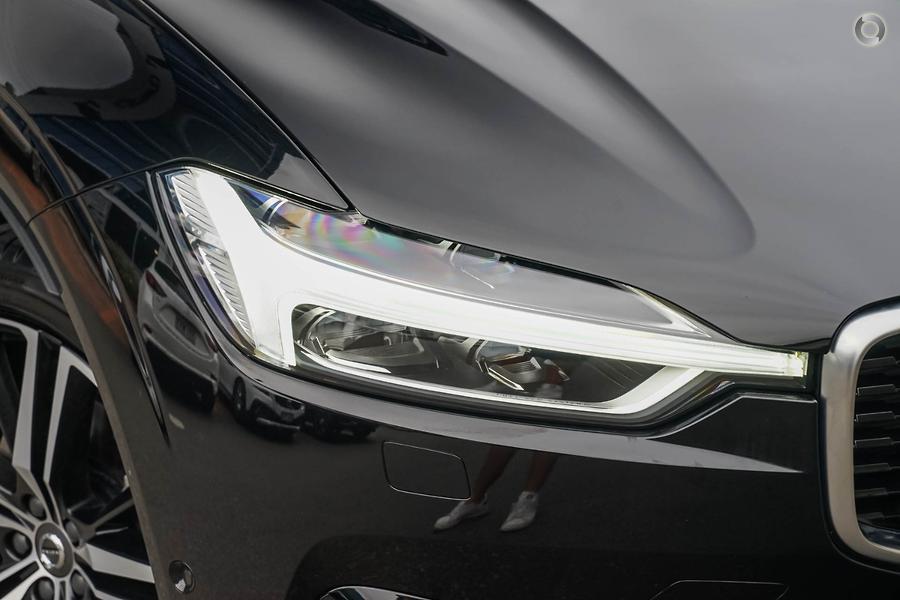 2020 Volvo XC60 T6 R-Design