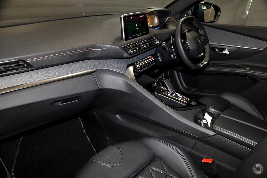2020 Peugeot 5008 GT Line P87