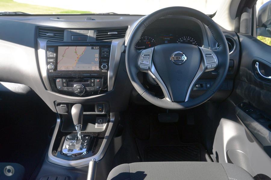 2020 Nissan Navara ST-X D23 Series 4