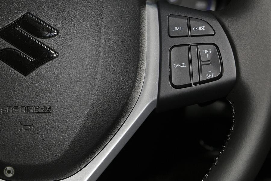 2020 Suzuki S-cross Turbo Prestige JY