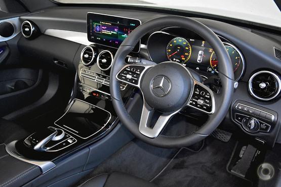 2020 Mercedes-Benz C 300