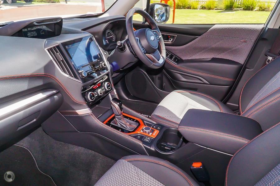 2020 Subaru Forester 2.5i Sport S5
